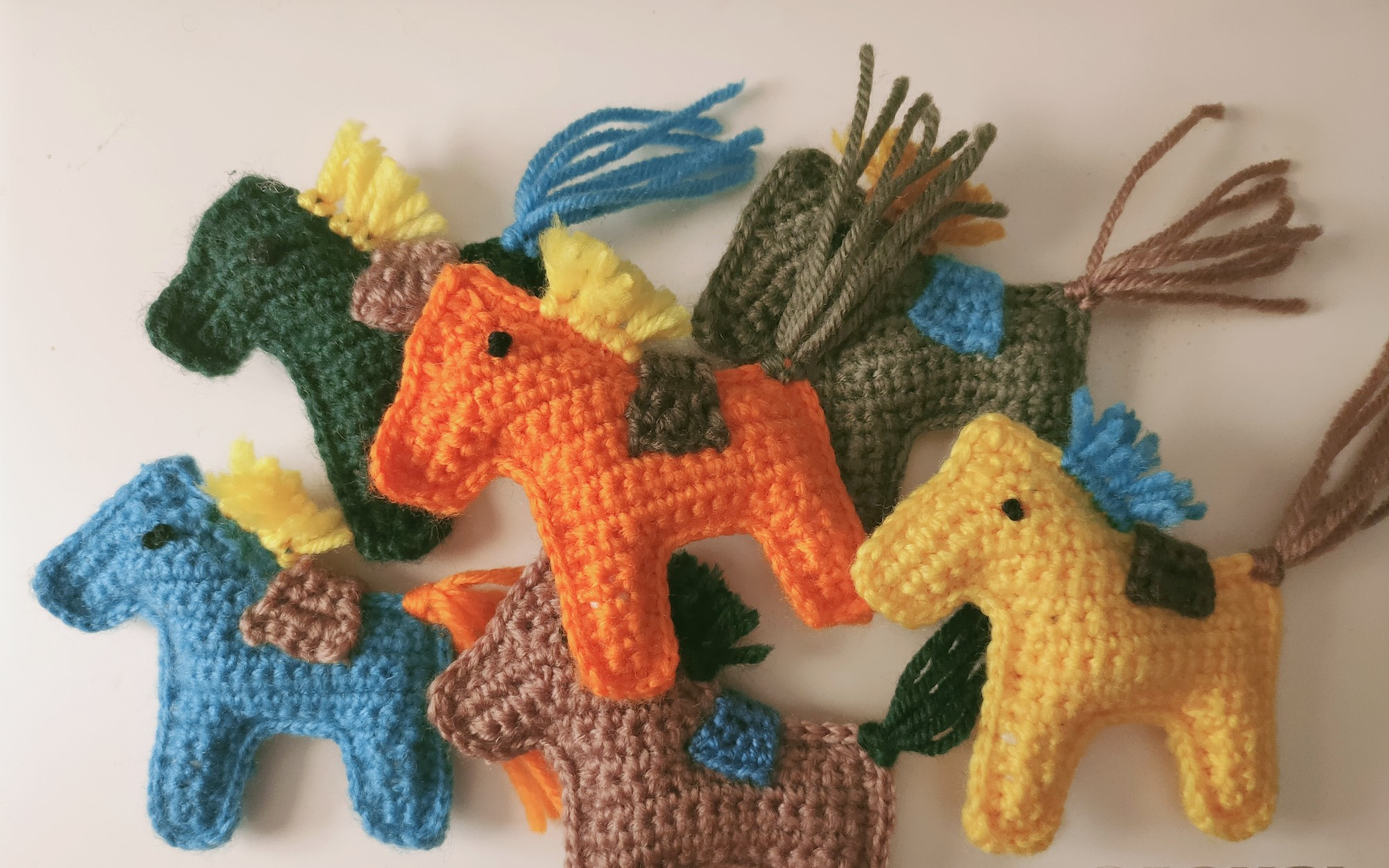 Cuddle Me Pony amigurumi pattern - Amigurumi Today | 1250x2000